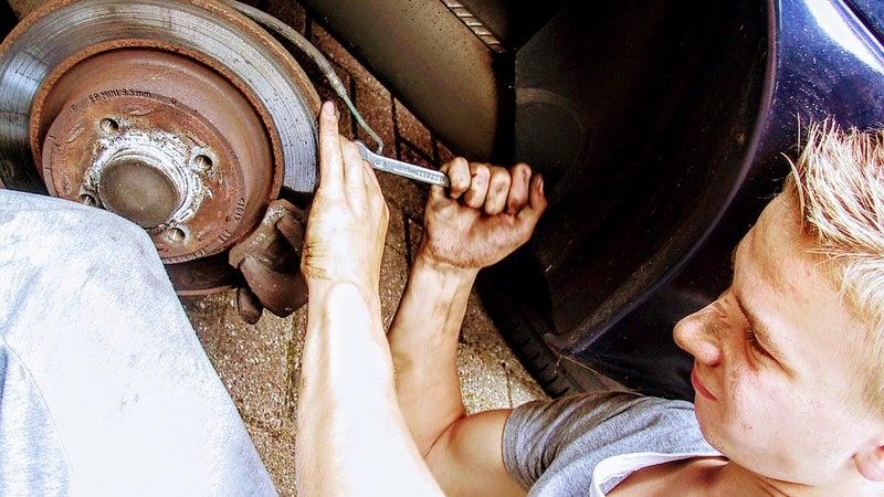 car-mechanic-2267350_960_720.jpg